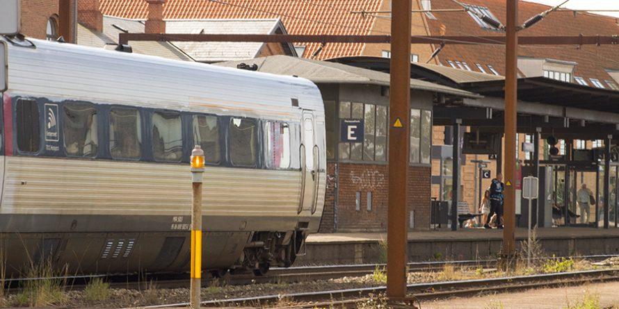 To på banegården i Slagelse