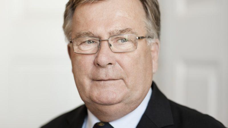 Forsvarsminister Claus Hjort Frederiksen (V)