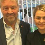 Laura Lindahl overtager Villum Christensens spidskandidatur