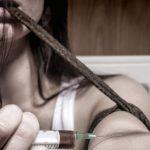 Illegale stoffer skyld i omkring 250 dødsfald årligt