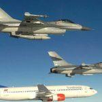 To F-16 kampfly modtog herrehåndbold-landsholdet