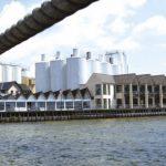 Far og datter skifter roller i Harboes Bryggeri