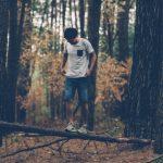 Sådan undgår du hjernebetændelse i skoven