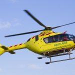 Helikopter hentede motorcyklist i Flakkebjerg