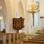 Gudstjenester aflyses overalt i folkekirken